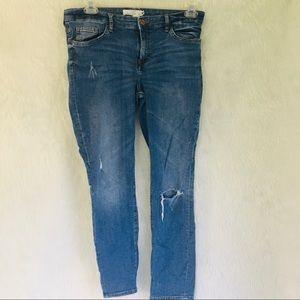 Women's 14 distressed jeans H&M L.O.G.G